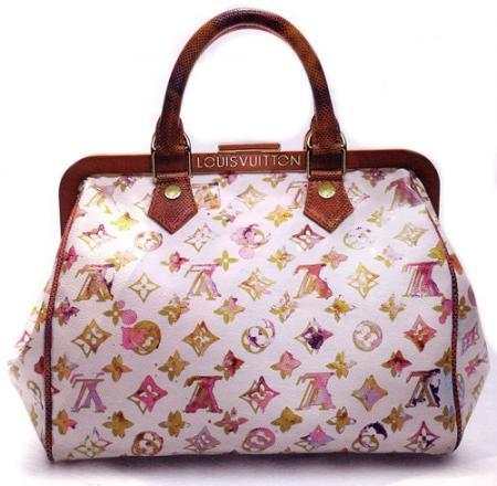 可愛らしいピンクのバッグ