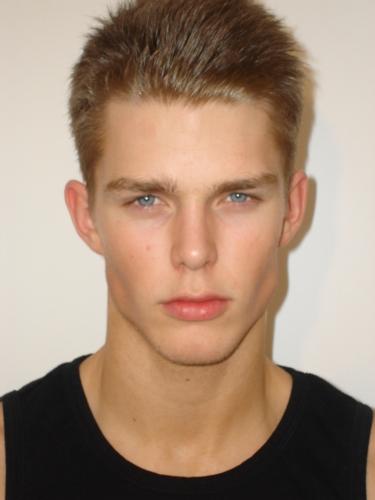 Fashionbank Model Nils Butler