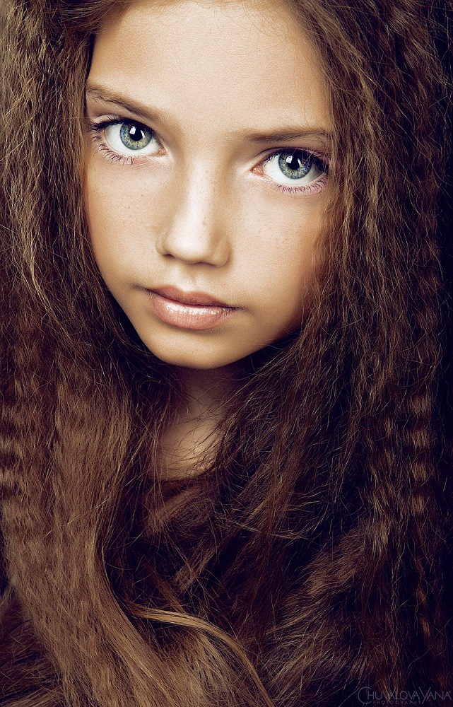 Fashionbank Model Anastasiya Logvinova Picture.